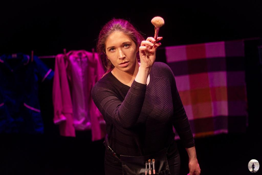 One woman theatre show Uniform